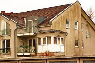 wohnen ohne hohe kosten f r d mmung strom und heizung in einem isd haus. Black Bedroom Furniture Sets. Home Design Ideas